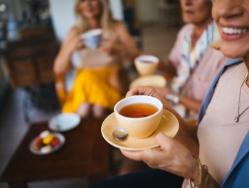 Dementia: Two to three cups of tea a day can stop brain disease